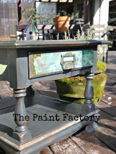 EA Copper patina table 007